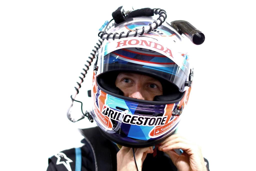 Един от двамата Ф1 шампиони, които стартираха в