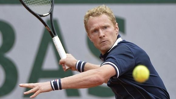 Бившият номер 20 в световната ранглиста Дмитрий Турсунов ще участва