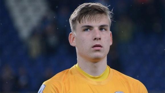 Младият украински вратар Андрей Лунин ще премине от Заря (Луганск)