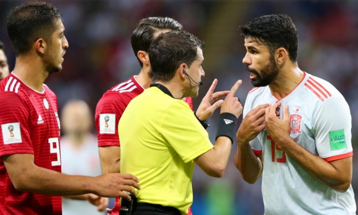 Голмайсторът за Испания при победата над Иран с 1:0 Диего