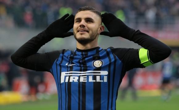 Голмайсторът на Серия А и капитан на Интер Мауро Икарди,