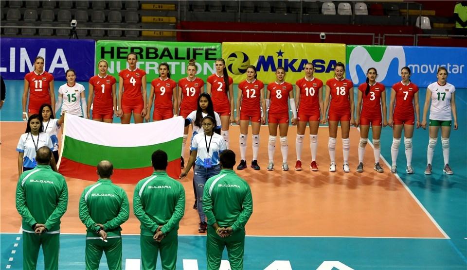 Волейболистките от националния отбор на България на практика се класираха