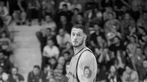 Трагедия разтърси баскетболните Балкани, след като национал на Косово загуби