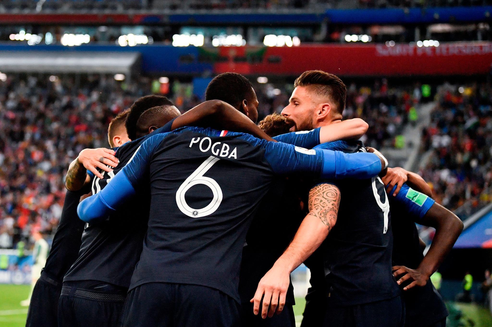 Полузащитникът на Франция Пол Погба посвети победата над Белгия на
