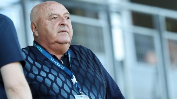 Президентът на Славия Венцеслав Стефанов поздрави футболистите си за отличния