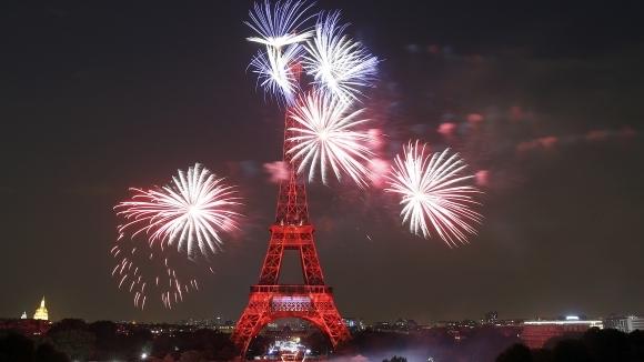 Един от символите на Франция и на столицата Париж- Айфеловата