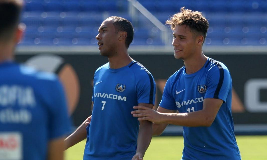 """Халфът на Левски Паулиньо тренира с основната група на """"сините"""""""
