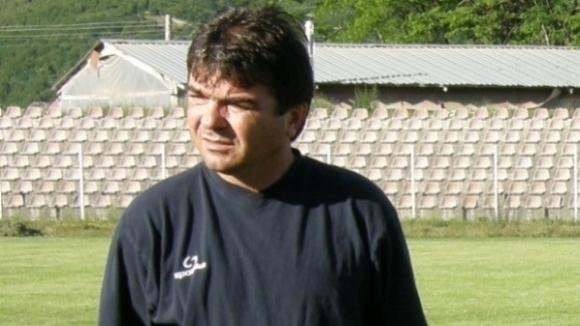 Бургаският футболен специалист Алекси Желязков заедно с Ивайло Петев последни