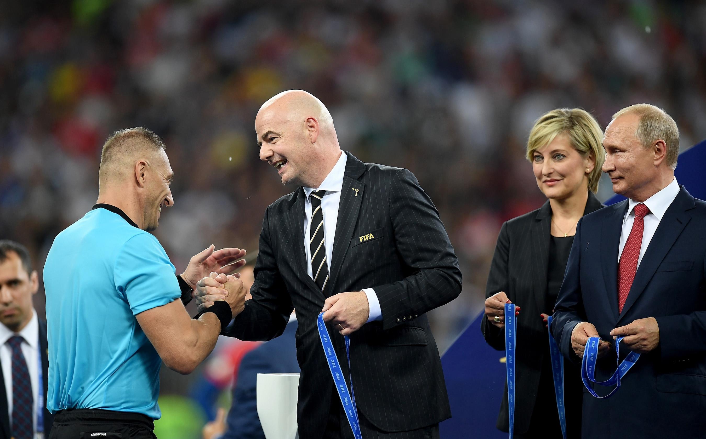 От ФИФА дадоха обяснение относно казуса със златния медал, който