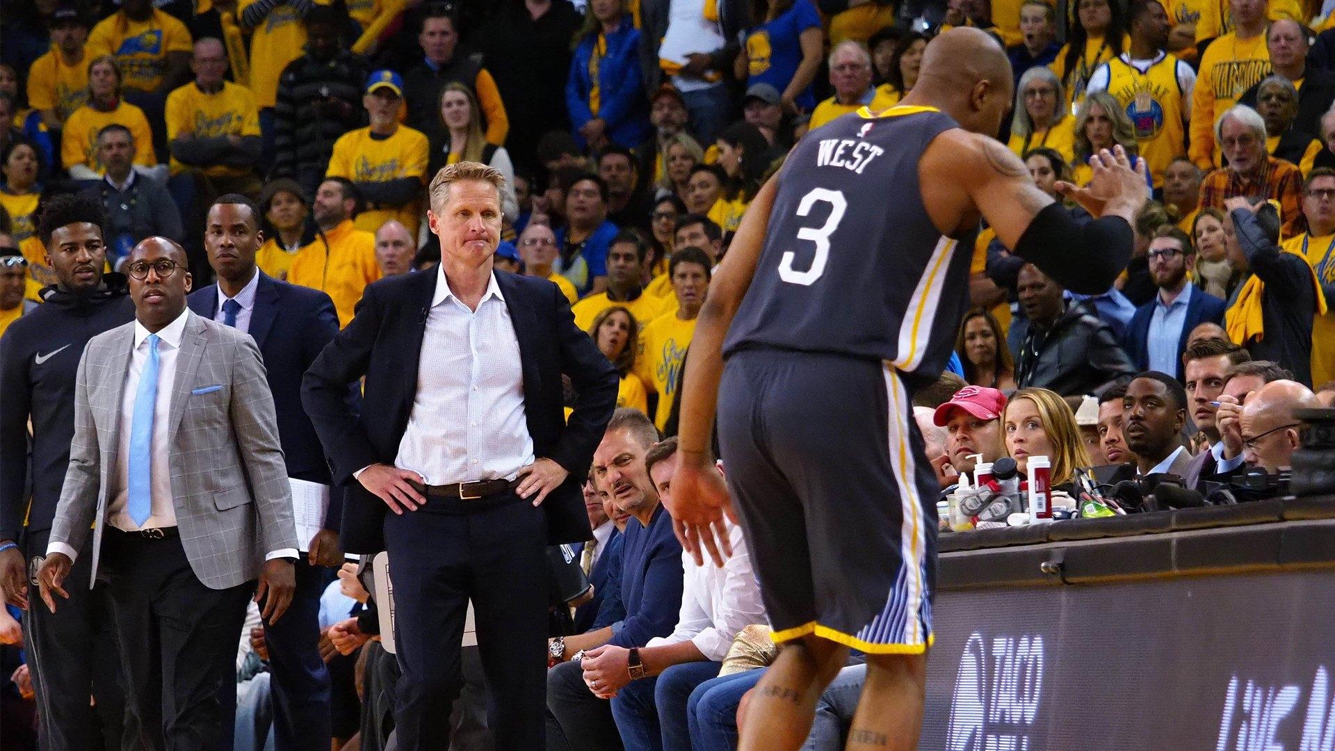 Треньорът на баскетболния Голдън Стейт Уориърс- Стив Кър, получи удължаване