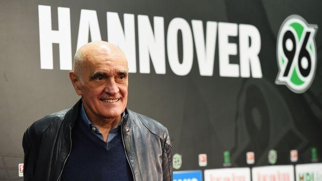 Германската футболна лига не позволи на Мартин Кинд да се