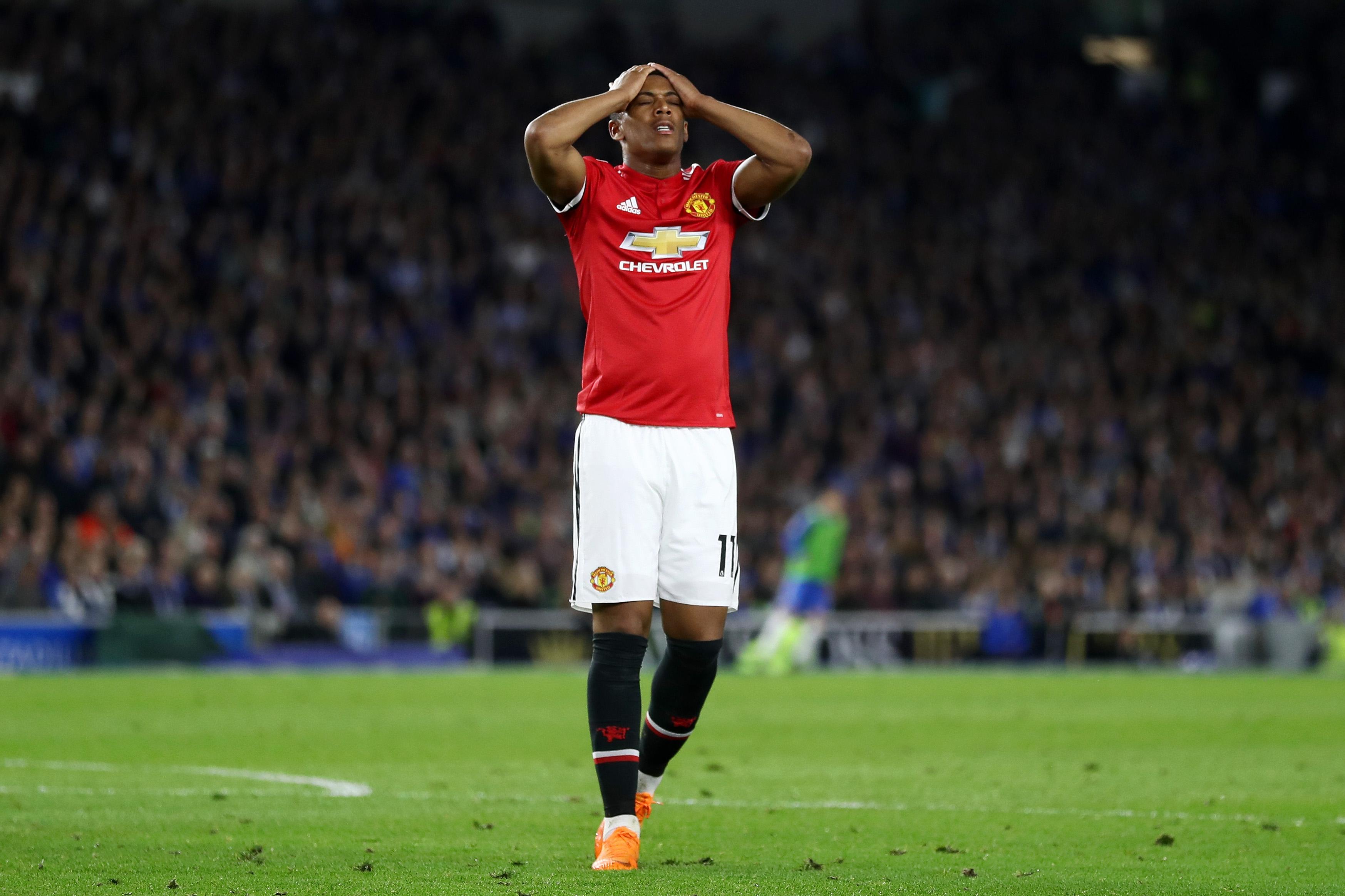 Младият френски нападател на Манчестър Юнайтед Антони Марсиал ще трябва