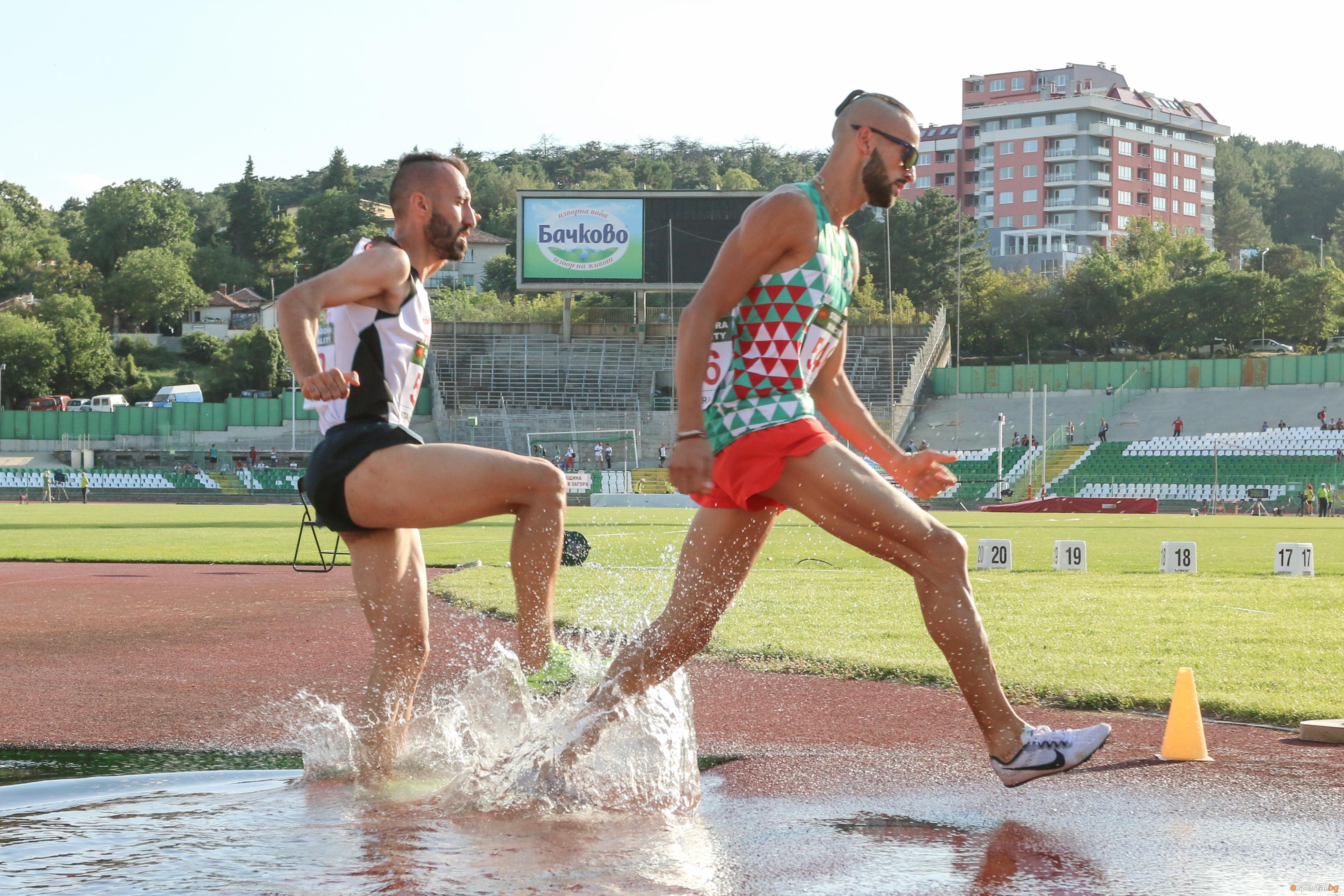 Митко Ценов спечели балканската титла в бятането на 3000 метра