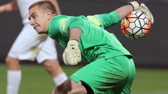 Българският вратар Пламен Илиев изигра цял мач за своя отбор