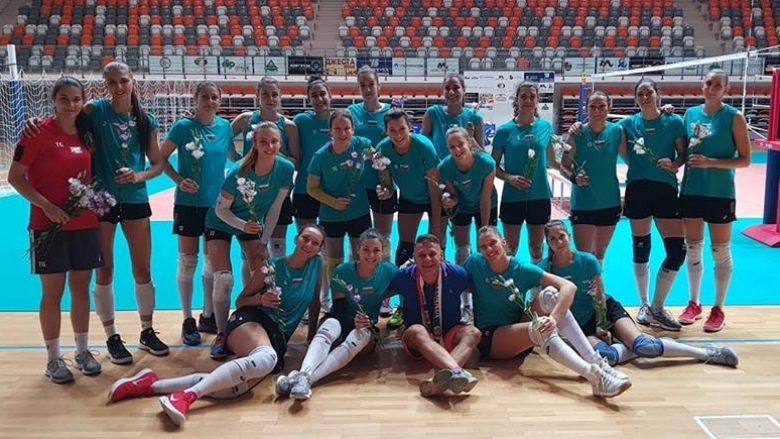 Женският национален отбор по волейбол на България се подготвя за