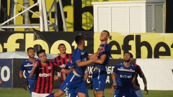 Отборите на Монтана и Локомотив (София) играят при резултат 0:0