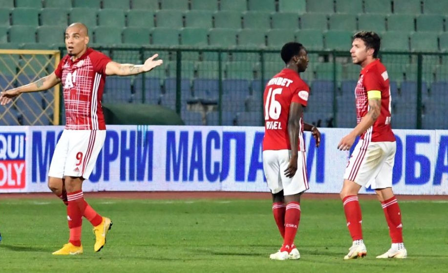 Халфът на ЦСКА-София Рубен Пинто беше много разочарован след загубата