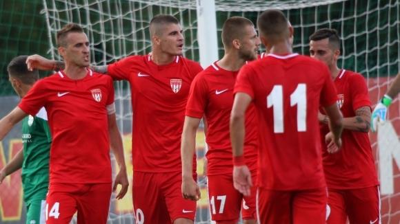 Лидерът във Втора професионална лига Царско село ще гони трета