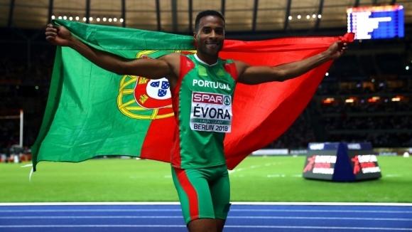Олимпийският шампион от Пекин 2008 Нелсон Евора (Португалия) спечели титлата