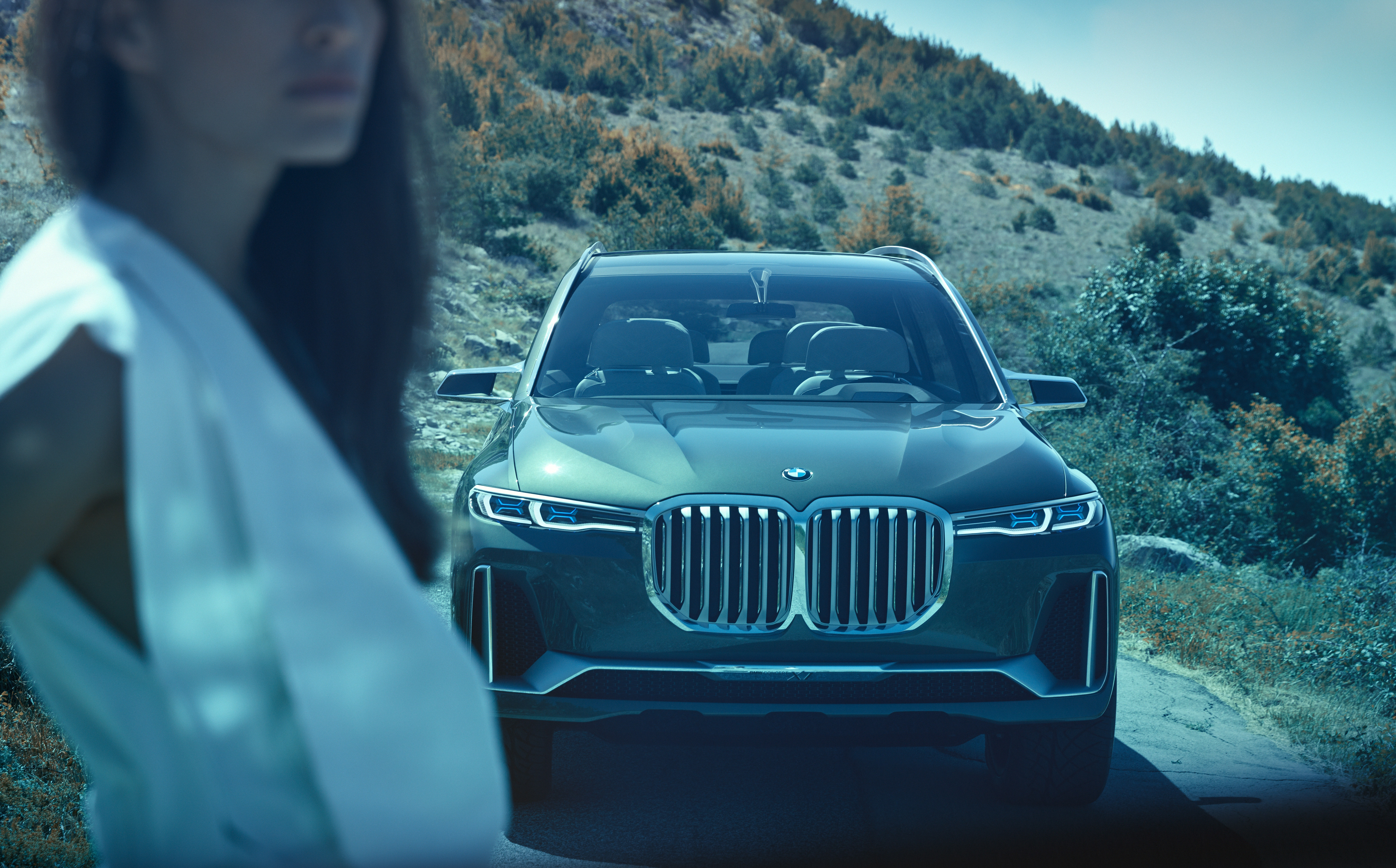 Sports Activity Vehicle се насочва към луксозния сегмент и по