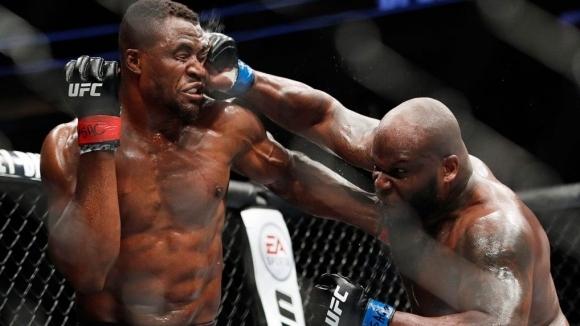 Състезателят в тежката категория на UFC Дерек Люис се изправи