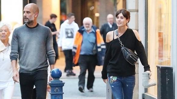 Мениджърът на Манчестър Сити Хосеп Гуардиола заведе половинката си Кристина