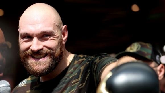 Тайсън Фюри зачеркна успехите на световния шампион по бокс за