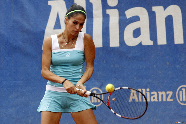 Българката Изабелла Шиникова се класира за четвъртфиналите на сингъл на