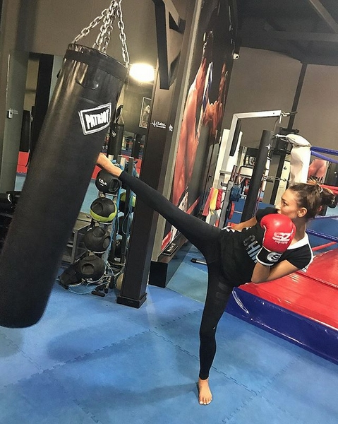 Бившата гимнастичка от националния ансамбъл Цветелина Найденова се захвана с