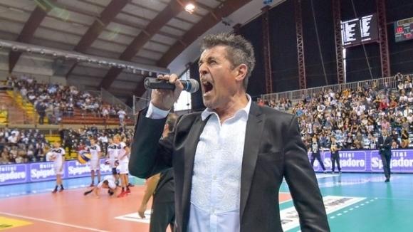 Президентът на италианския волейболен шампион Сър Сейфти Конад (Перуджа) -
