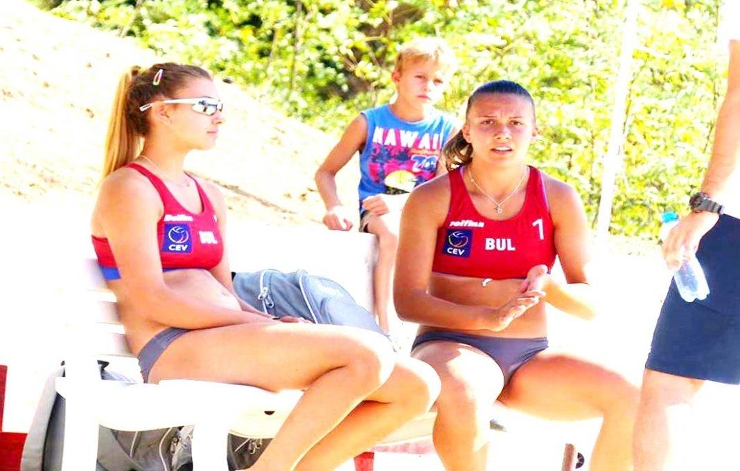 Никол Дулева и Малина Гаджева се класираха за шестнайсетинафиналите на