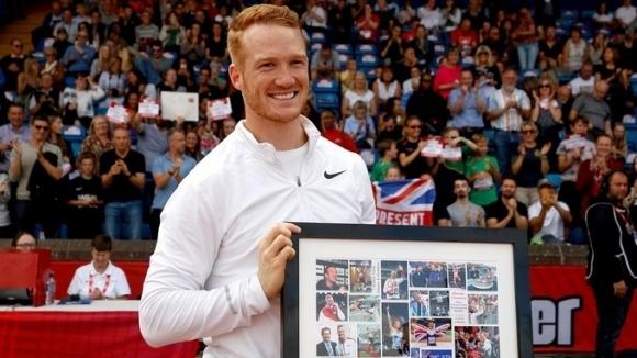 Олимпийският, световен и двукратен европейски шампион в скока на дължина