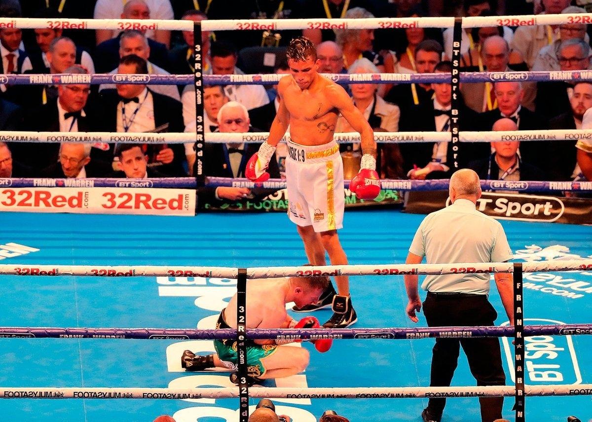 Ирландската боксова звезда Пади Барнс се озова в болница след