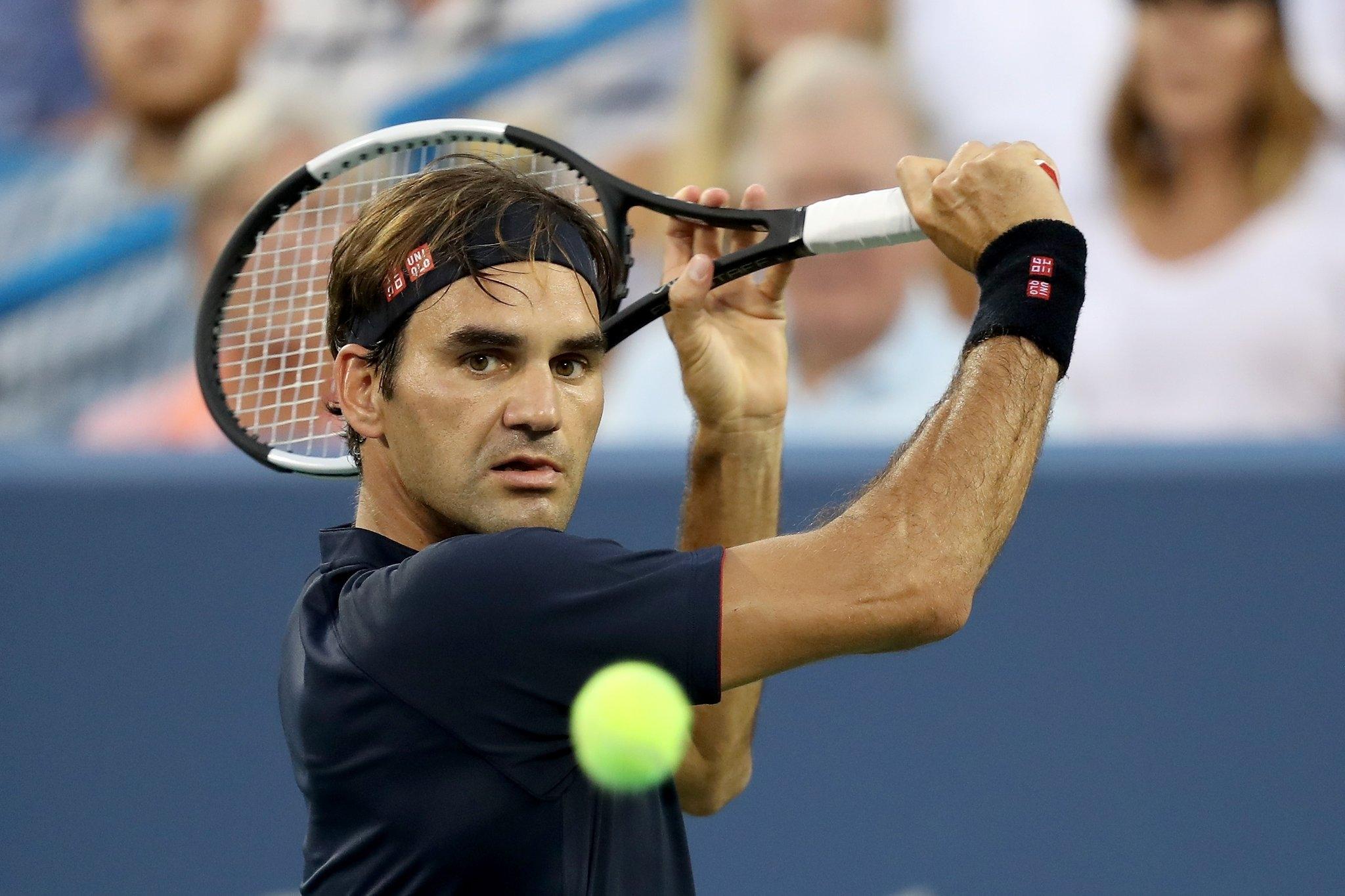 Именитият швейцарски тенисист Роджър Федерер планира да се посвети на