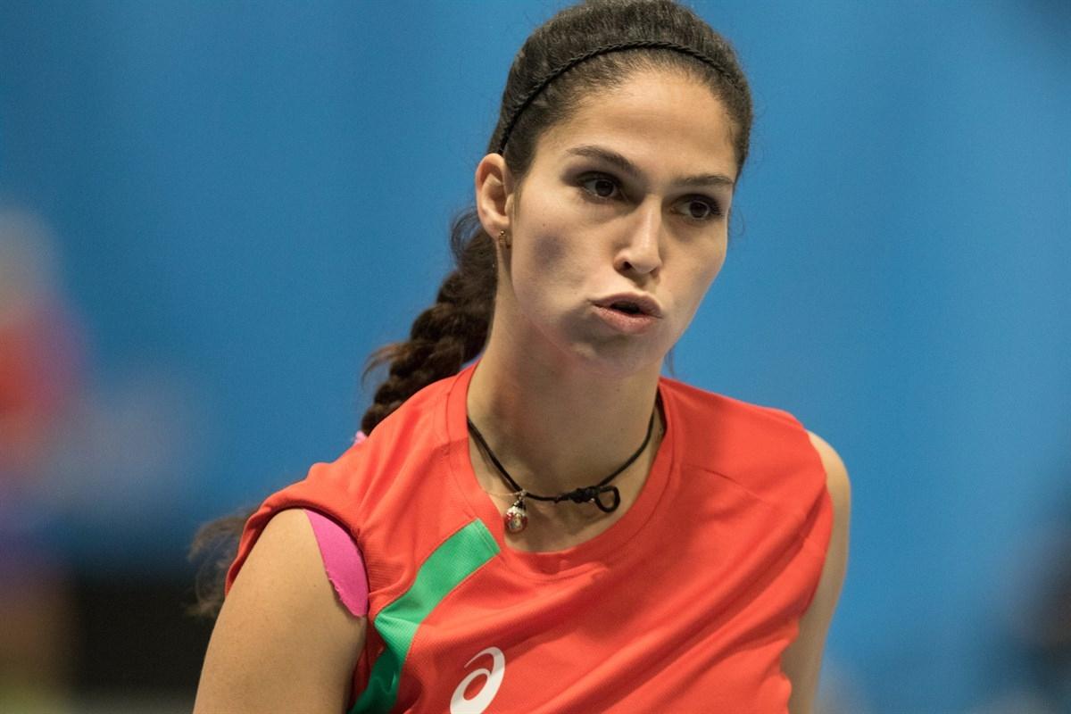 Изабелла Шиникова се класира за втория кръг на турнира по
