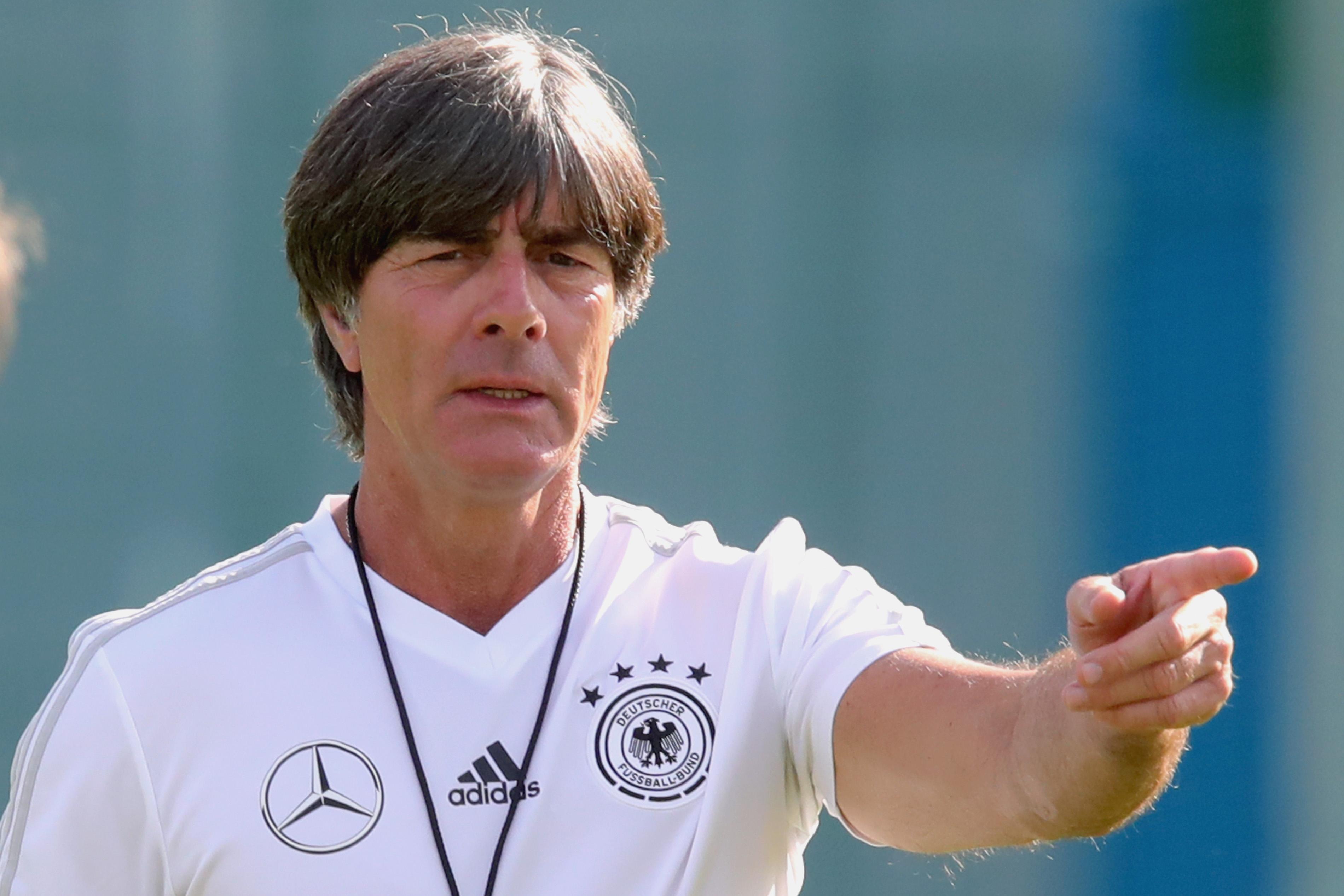 Селекционерът на Германия Йоахим Льов ще изравни рекорд по брой
