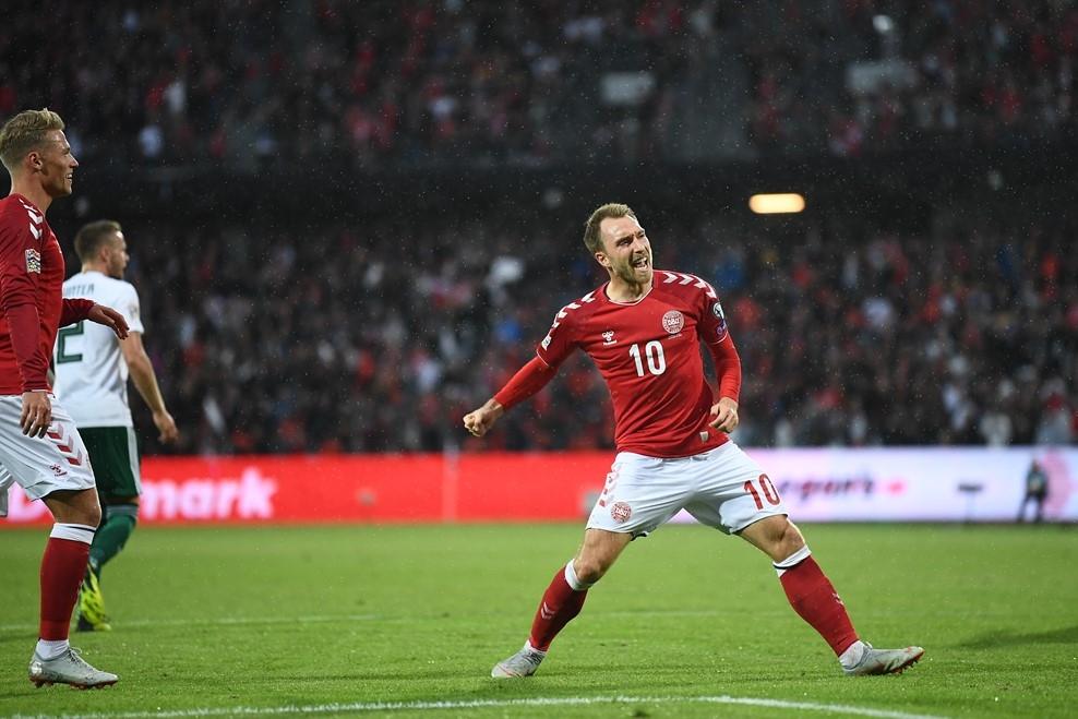 Професионалните футболисти на Дания излязоха на терена за националния отбор
