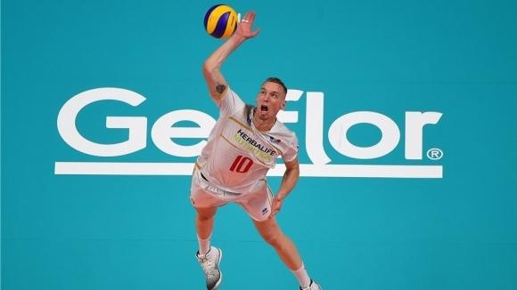 Френският волейболен национал Кевин Льо Ру остави на нокти треньорския