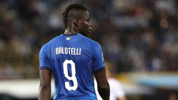 Нападателят на Италия Марио Балотели за пореден път отнесе много