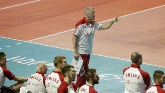 Волейболистите на Полша пристигнаха във Варна като големите звезди в