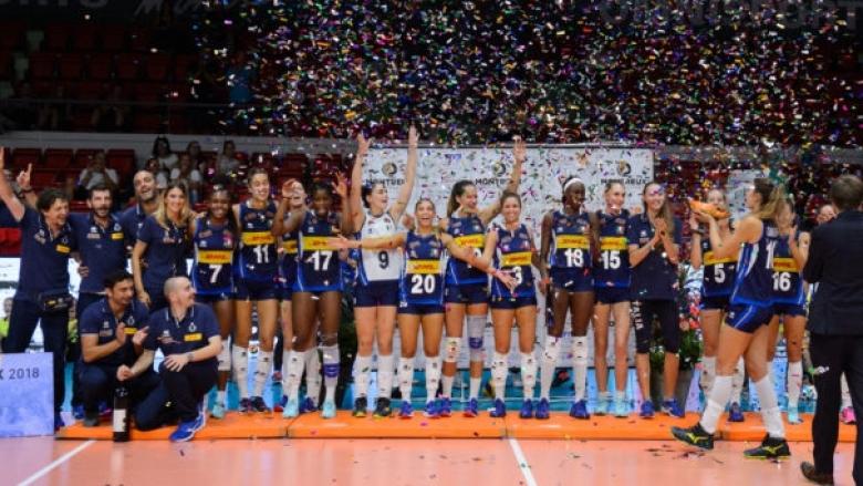 Женският национален отбор наИталия, койтоспечели престижния турнир Монтрьо Волей Мастърс