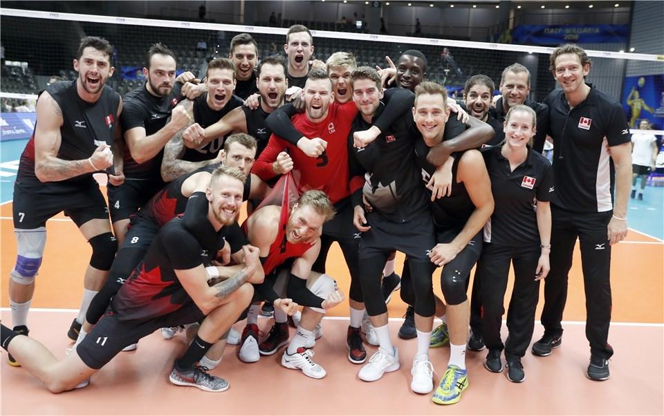 Националният волейболен отбор на Канада тръгна без проблеми на Световното