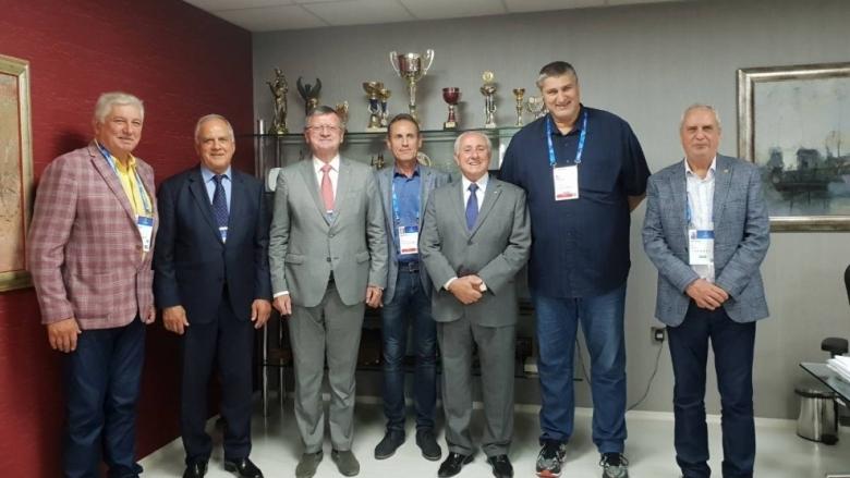 Президентът на Международната федерация по волейбол Ари Граса и президентът