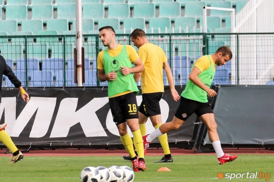 Отборът на Ботев (Пловдив) се наложи с 3:0 над Марица