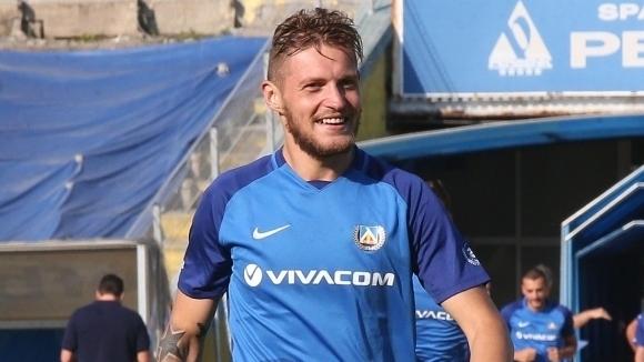 Защитникът Давид Яблонски ще се завърне в титулярния състав на