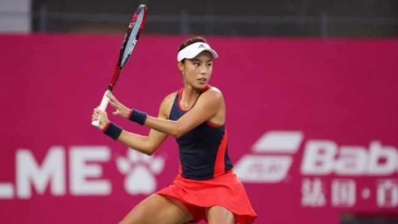 Представителката на домакините Ван Цян спечели турнира по тенис на