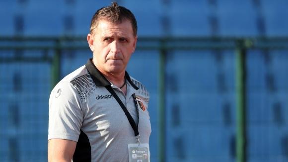 Наставникът на Локомотив (Пловдив) Бруно Акрапович похвали футболистите си за