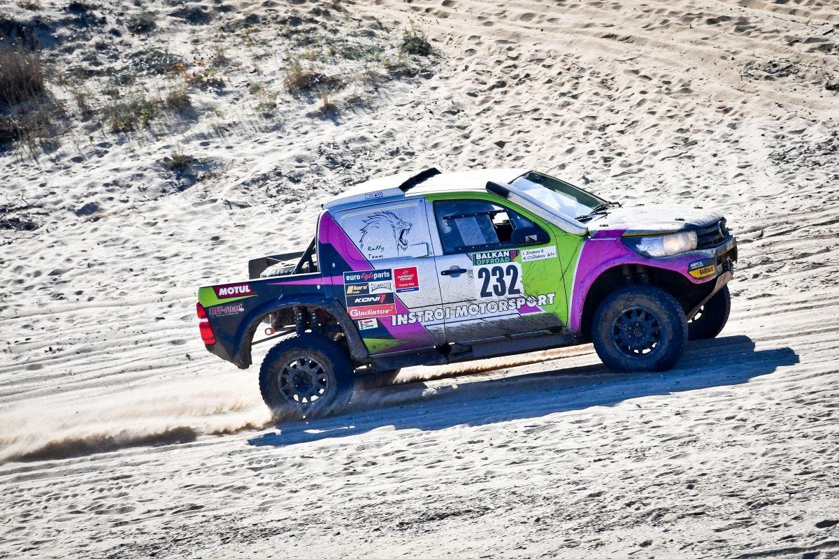 Константин Чолаков и Ивайло Жеков (Toyota) са големите победители при