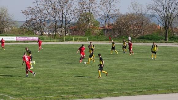 Отборът на Ботев (Нови пазар) победи с 3:0 гостите от