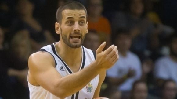 Отборът на Капошвари, с българския баскетболист Иван Лилов в състава